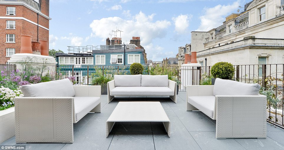 Converting A Roof Into A Rooftop Terrace Morgan Asphalte