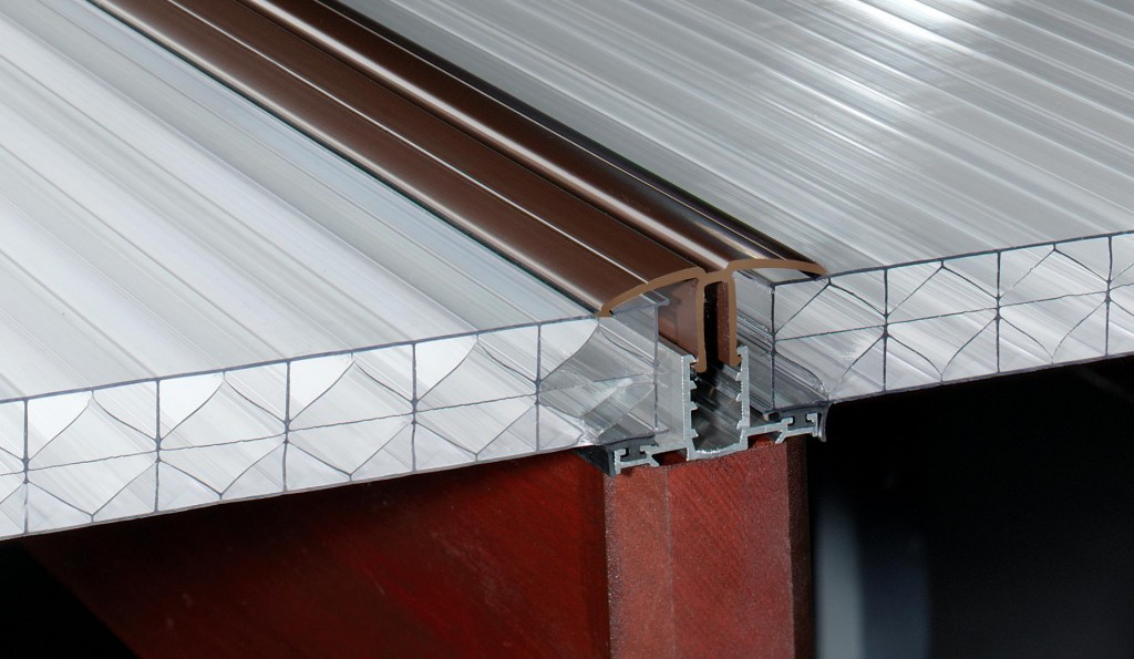 The Advantages And Disadvantages Of Polycarbonate Roofing